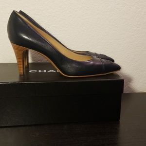 CHANEL Shoes - CHANEL Escarpins Navy Pumps Heels BRAND NEW 39